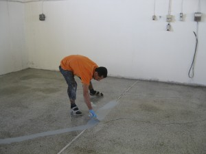 Filling cracks with epoxy grout