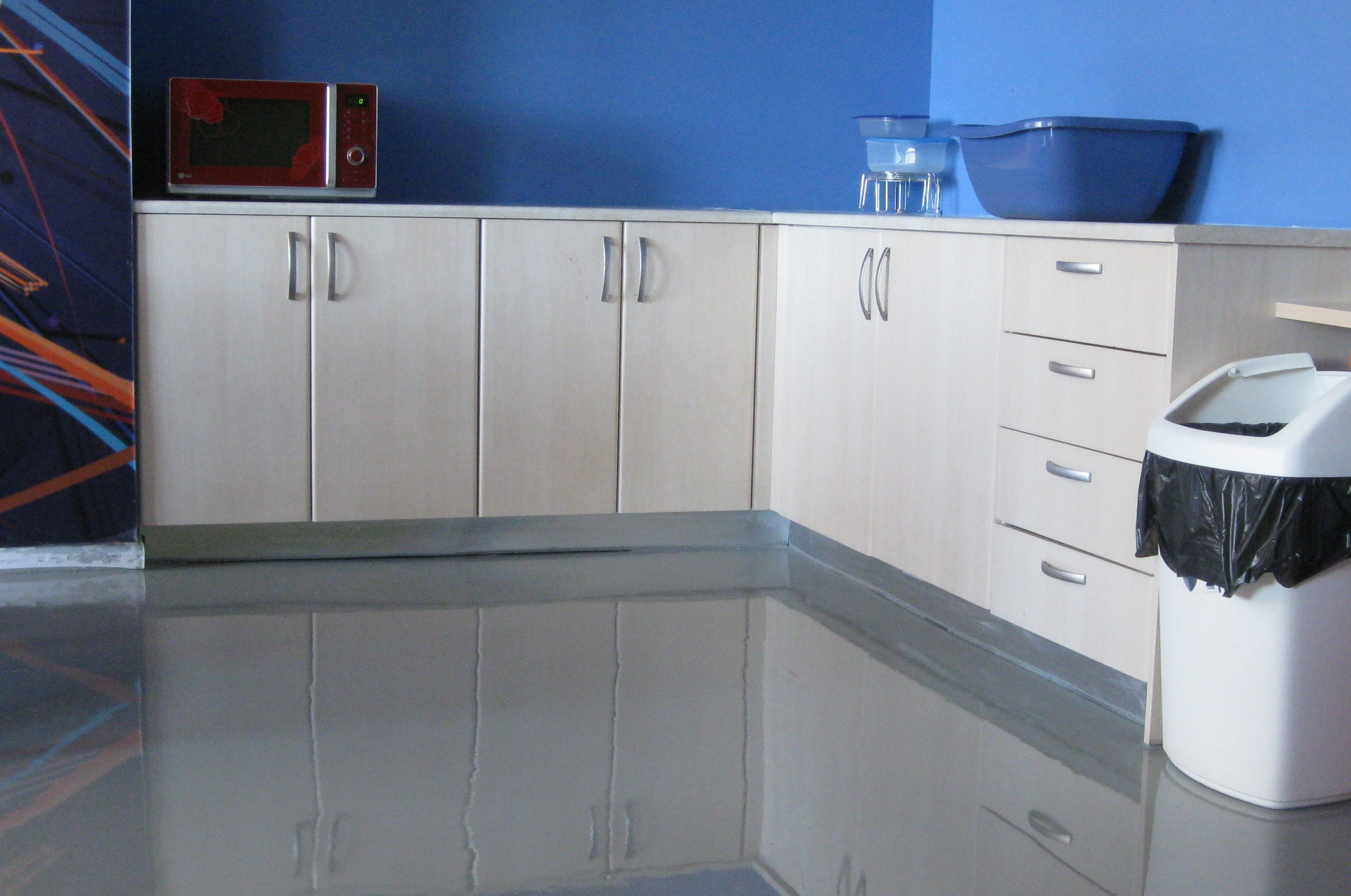 Installing Epoxy Floors In Homes Are You For Or Against Learncoatings